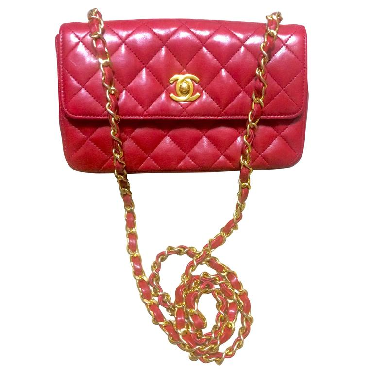 Vintage CHANEL classic mini flap 2.55 shoulder bag in lipstick red lambskin. For Sale