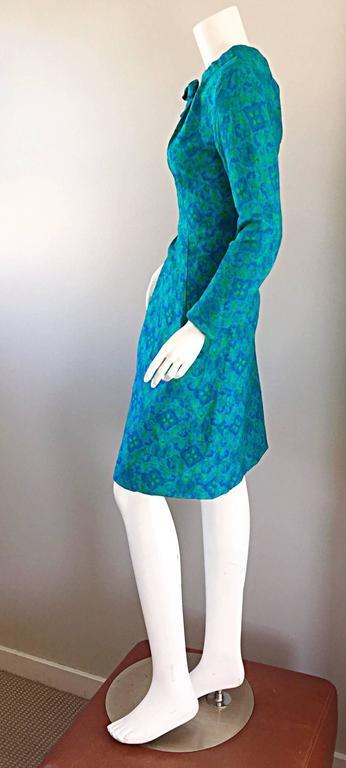 Women's Vintage Yen Yen of Malaya 1960s Teal Blue + Green Long Sleeve A - Line 60s Dress For Sale
