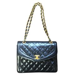 Vintage Chanel black lambskin chain shoulder 2.55 shoulder bag, pentagon flap