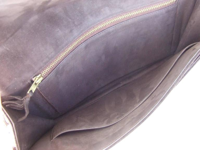 Exceptionnal and Rare Hermès Lydie Bag Clutch In Brown Doblis Suede GHW In Excellent Condition For Sale In ., FR