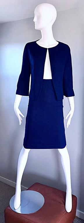 1960s Lilli Ann Navy Blue Vintage 60s Wool Classic and Chic Skirt Suit Ensemble  For Sale 4