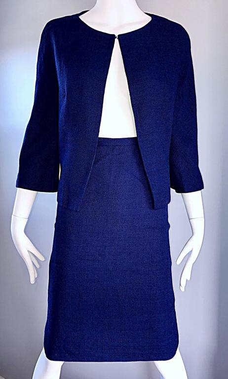 1960s Lilli Ann Navy Blue Vintage 60s Wool Classic and Chic Skirt Suit Ensemble  For Sale 5