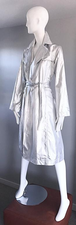 Behnaz Sarafpour Amazing Silver Metallic Belted Trench Runway Jacket Coat Size 4 For Sale 3
