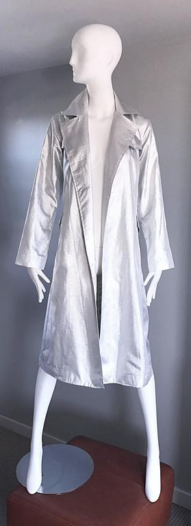 Women's Behnaz Sarafpour Amazing Silver Metallic Belted Trench Runway Jacket Coat Size 4 For Sale