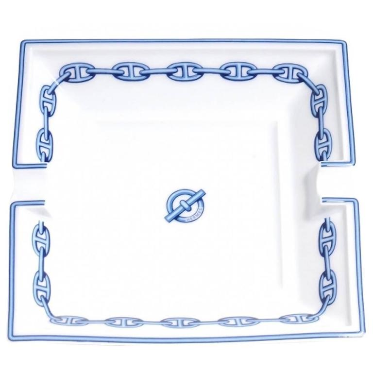 Hermes White Porcelain Men's Cigar Cigarette Desk Table Ashtray Dish in Box