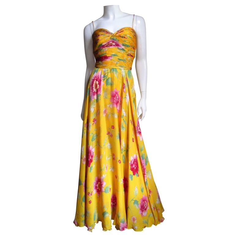 2006 Exquisite Valentino Flower Ruched Silk Gown