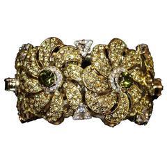 Unique Carlo Zini Milano Floral Bracelet