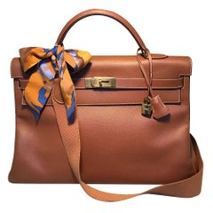 Hermes Tan Veau Graine 40 cm Kelly Bag with Strap