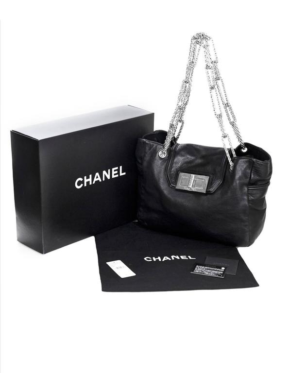 Chanel Black Leather 2.55 Reissue Lock Tote w/ Heavy Chain Straps rt. $3,995 For Sale 6