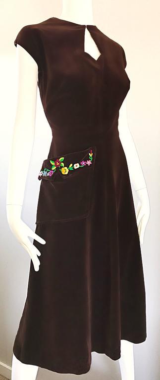1940s martha gale brown velvet flower embroidered pocket