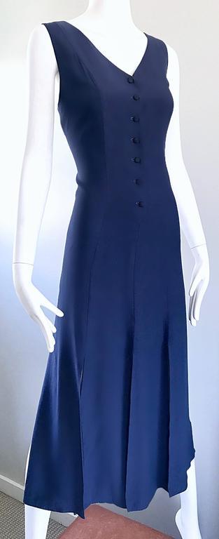Women's Geoffrey Beene Vintage Navy Blue Carwash Hem Sleeveless Midi Dress For Sale