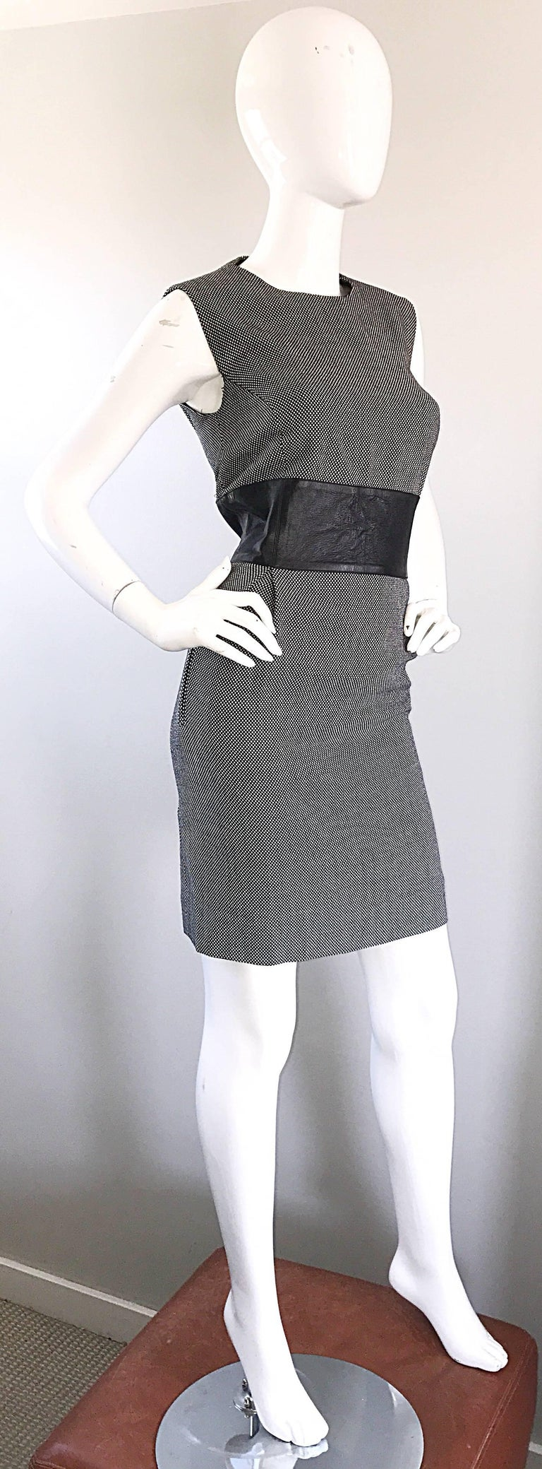 New Michael Kors Collection Size 14 Black and White Wool + Leather Classic Dress In Excellent Condition For Sale In San Francisco, CA