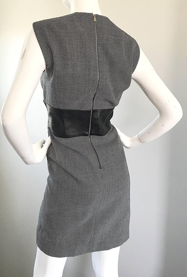 New Michael Kors Collection Size 14 Black and White Wool + Leather Classic Dress For Sale 3