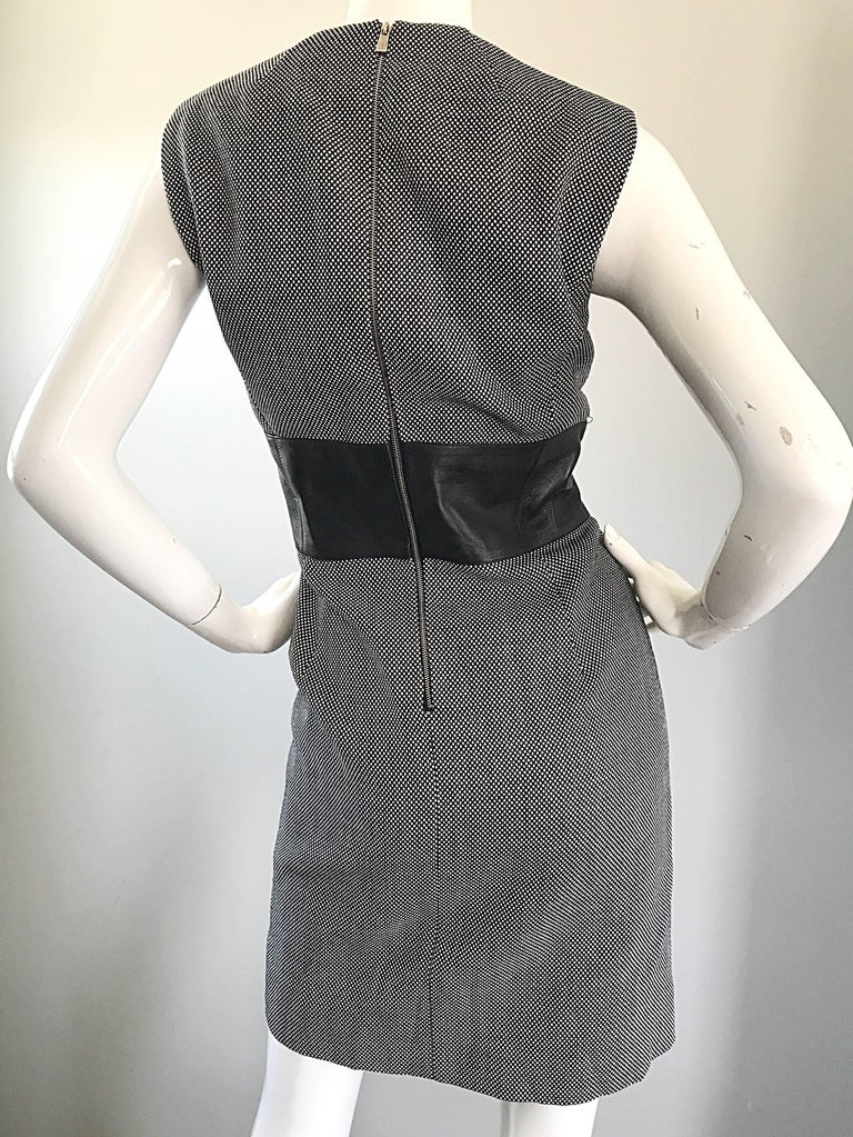 New Michael Kors Collection Size 14 Black and White Wool + Leather Classic Dress For Sale 5