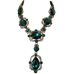 Signed Oscar De La Renta Runway Faux Emerald Designer Runway Necklace