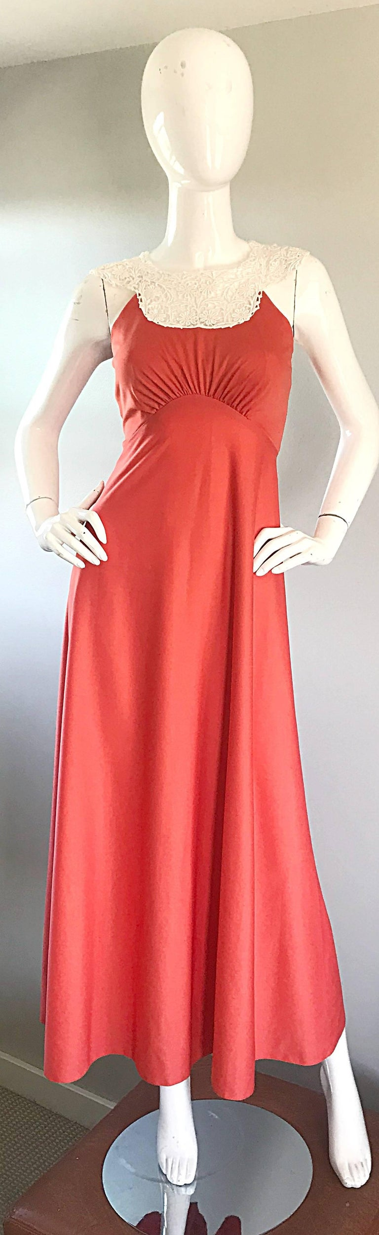 1970s Coral Salmon Pink Jersey + Crochet Lace Collar 70s Vintage Maxi Dress In Excellent Condition For Sale In Chicago, IL