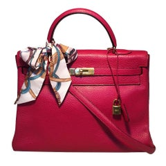 Hermes Red Clemence Leather Gold GHW 35cm Kelly bag