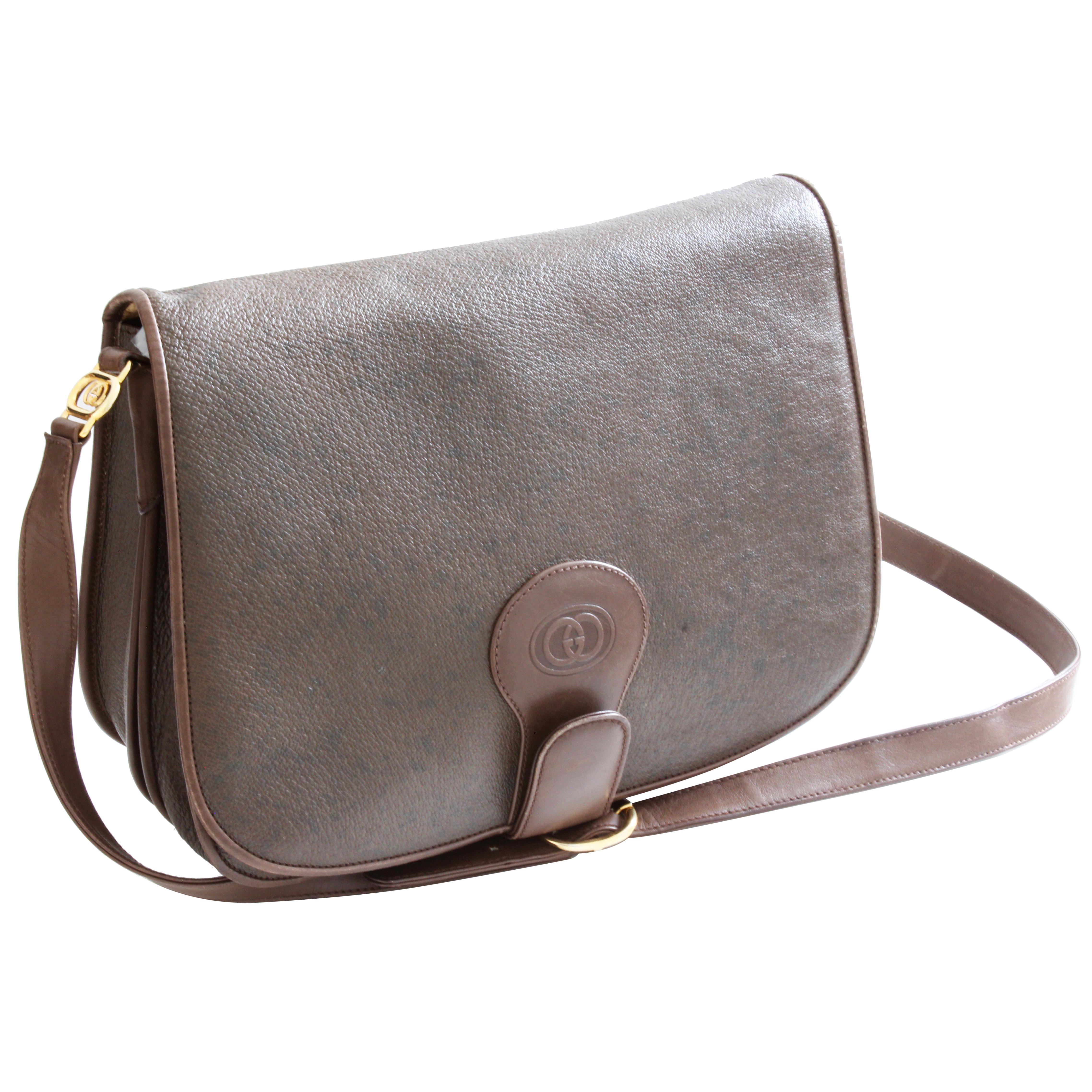 cf8811c73a3aa1 Rare Gucci Shoulder Bag Brown Pigskin Leather Gold GG Logo Messenger  Vintage 80s For Sale at 1stdibs