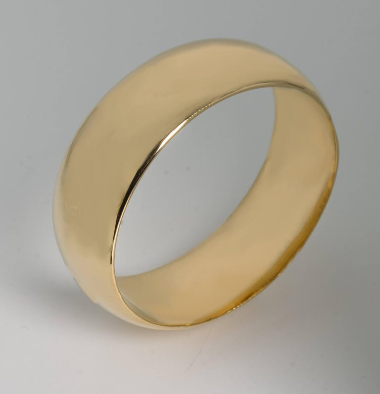 Micheletto Italian Handmade gold vermeil sterling bold Duomo invisible hinged bangle measures up to 8'' wrist and is 1 1/4'' wide. Fabulous real look.