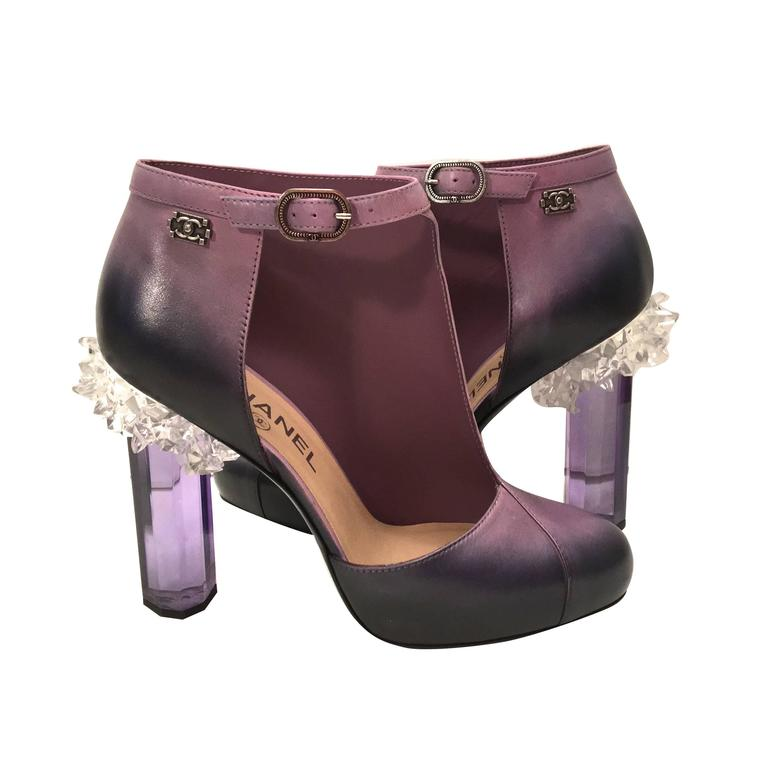 Rare Chanel Runway Boots - Purple and Black - Lucite Heels - Size 37.5 For Sale