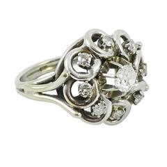 White Gold, Platinum and Diamond Cluster Ring - 1940s