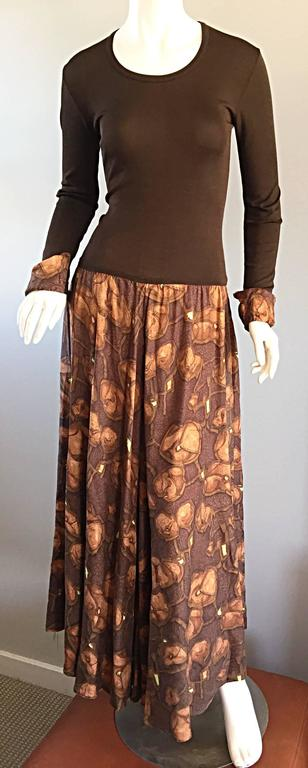 Women's Vera Maxwell 1970s Brown Printed ' Poppy ' Vintage 70s Jersey Maxi Dress For Sale