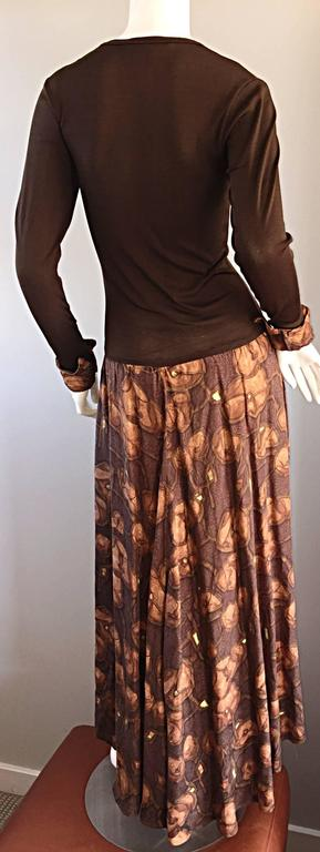 Vera Maxwell 1970s Brown Printed ' Poppy ' Vintage 70s Jersey Maxi Dress In Excellent Condition For Sale In Chicago, IL