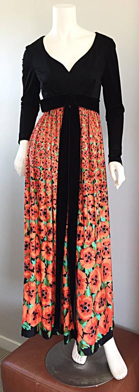 Women's Vintage Joseph Magnin 1970s ' Hibiscus ' Print 70s Boho Maxi Dress w/ Bow For Sale