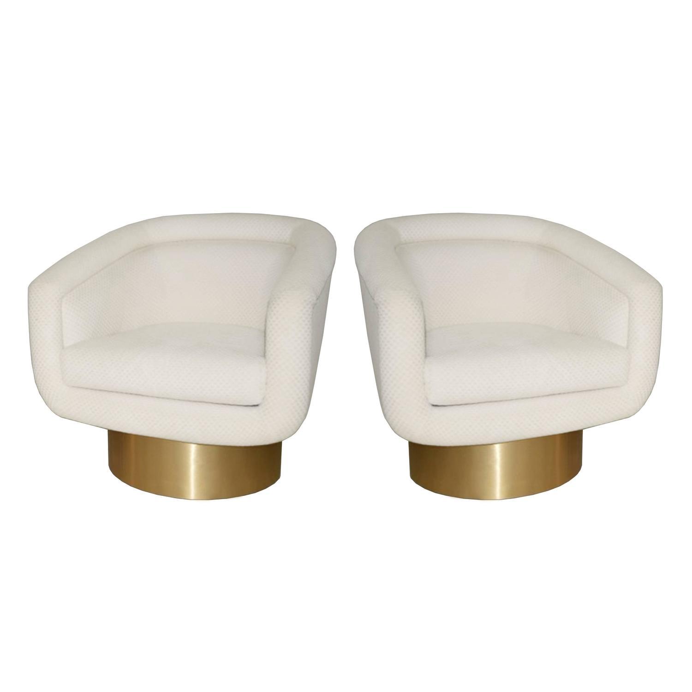 Wonderful Pair Of Milo Baughman Swivel Chairs At 1stdibs