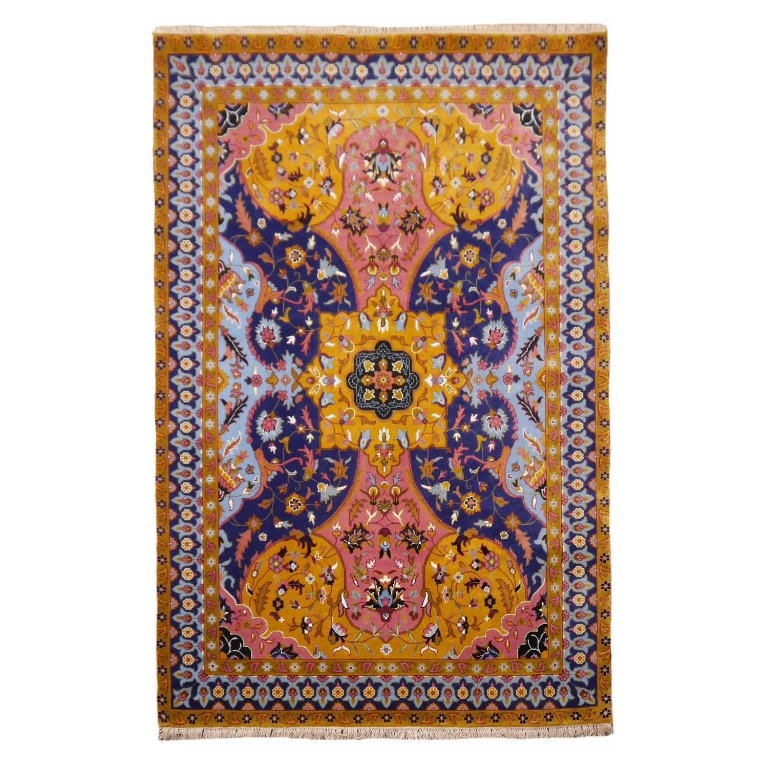 Contemporary PETAG Design Indian AGRA Rug For Sale At 1stdibs