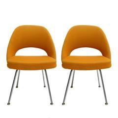 Pair of Eero Saarinen #71 Armless Side Chairs by Knoll