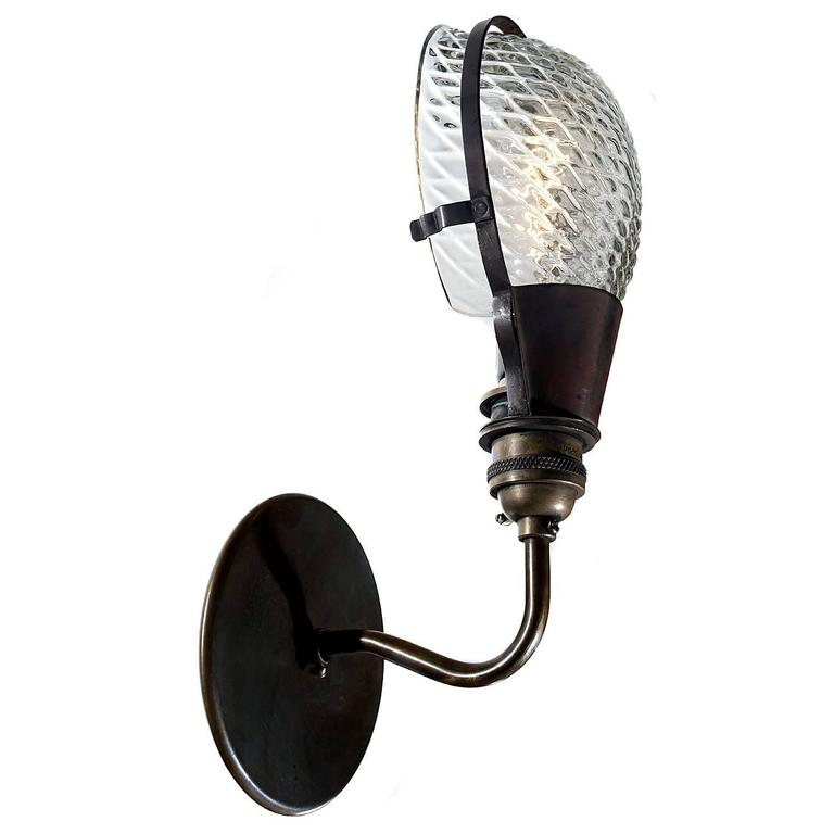 Quilted Shell Snap-In Sconce