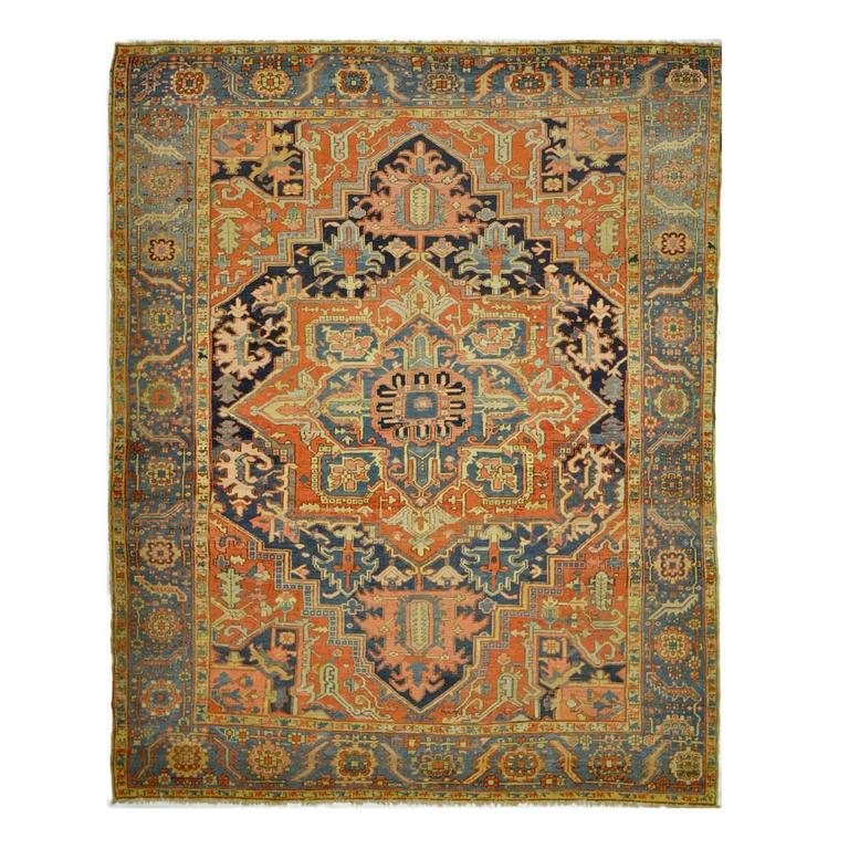 Antique Hand-Knotted Persian Heriz