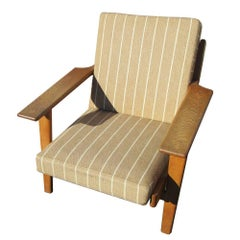 Original Upholstery Hans Wegner Armchair or Lounge Chair for Getama