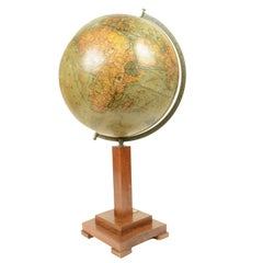 Globe pPublished in 1930s by Columbus Erdglobus