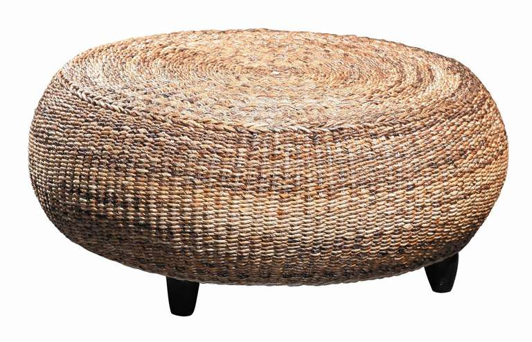 Round banana leaf ottoman at 1stdibs for Round rope coffee table