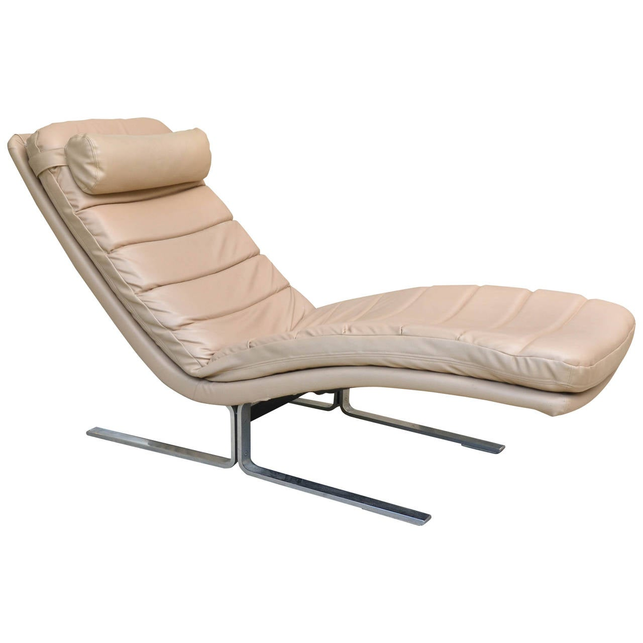 Harvey probber chaise longue at 1stdibs for Chaise longue furniture