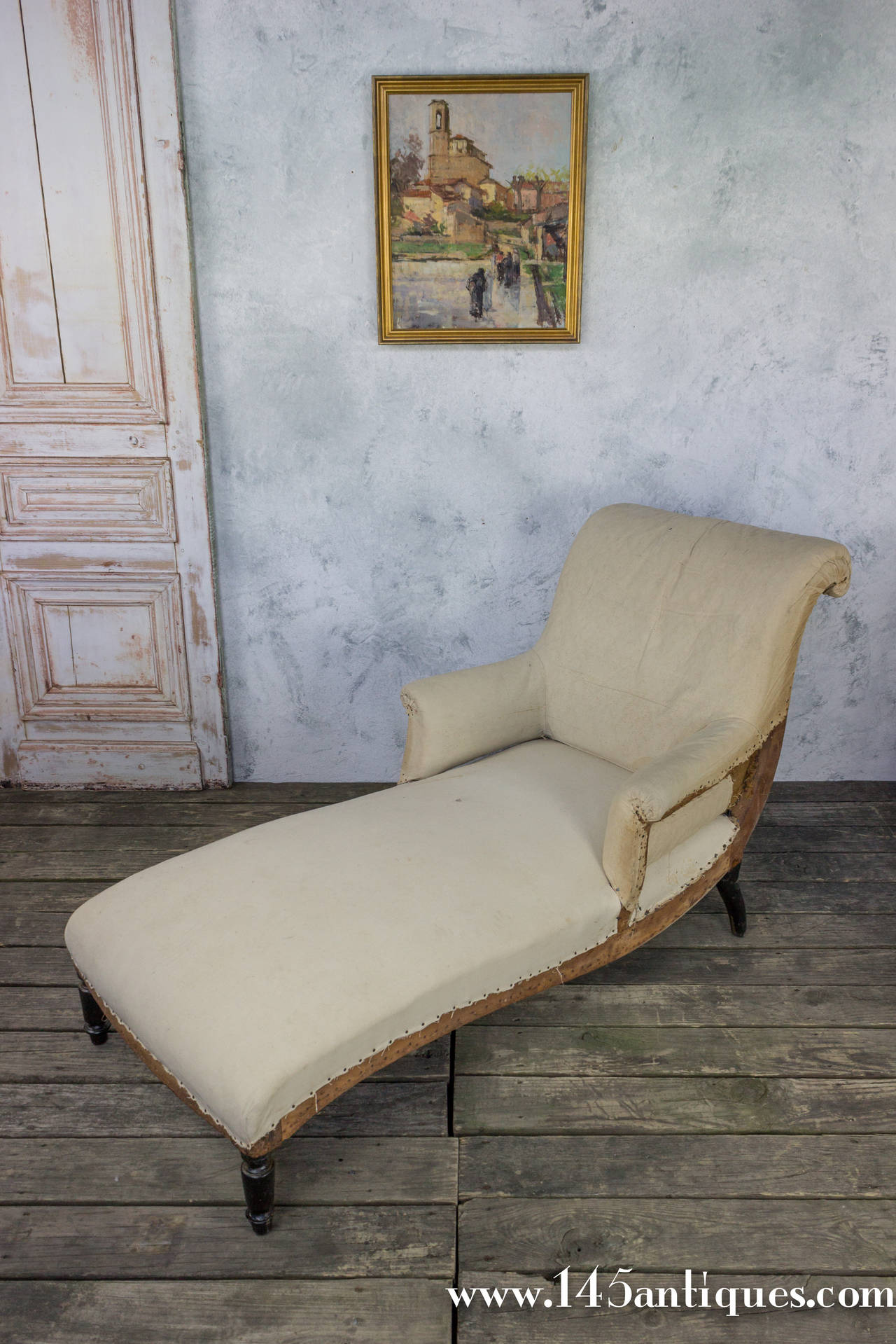 French 19th Century Scrolled Back Chaise Longue In Muslin