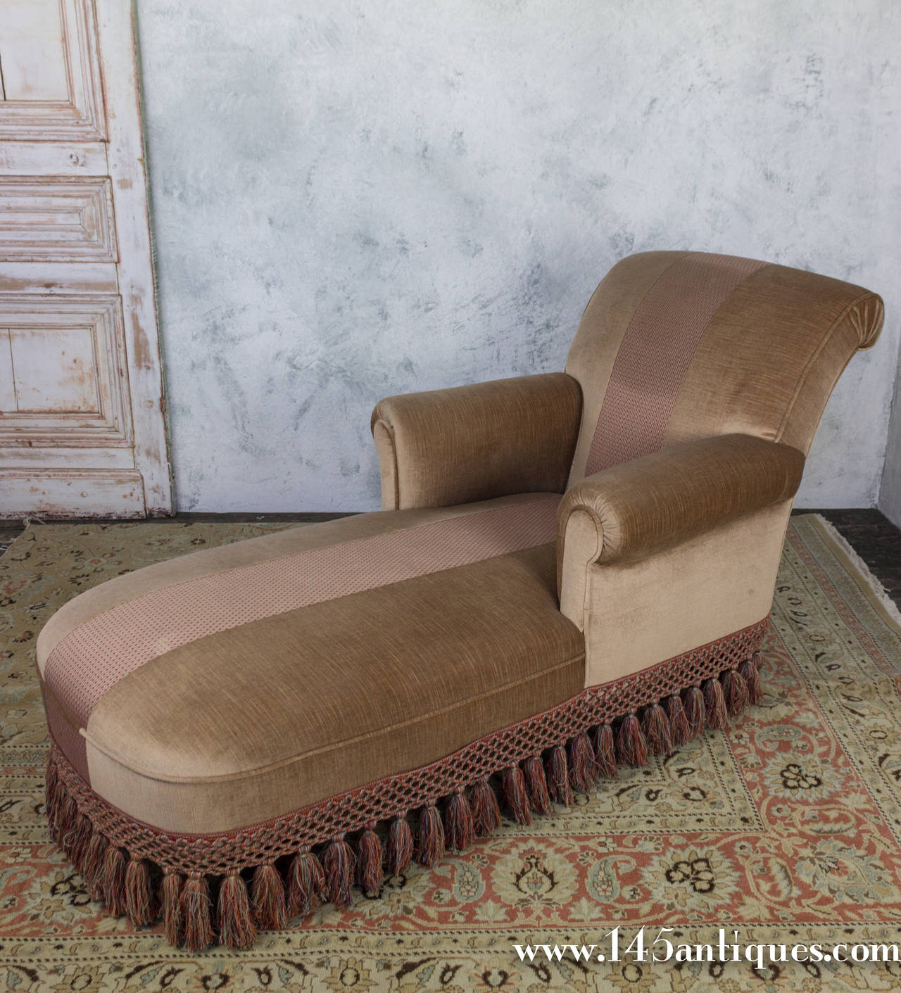 Handsome french 1940 39 s chaise longue for sale at 1stdibs for Chaise 1940
