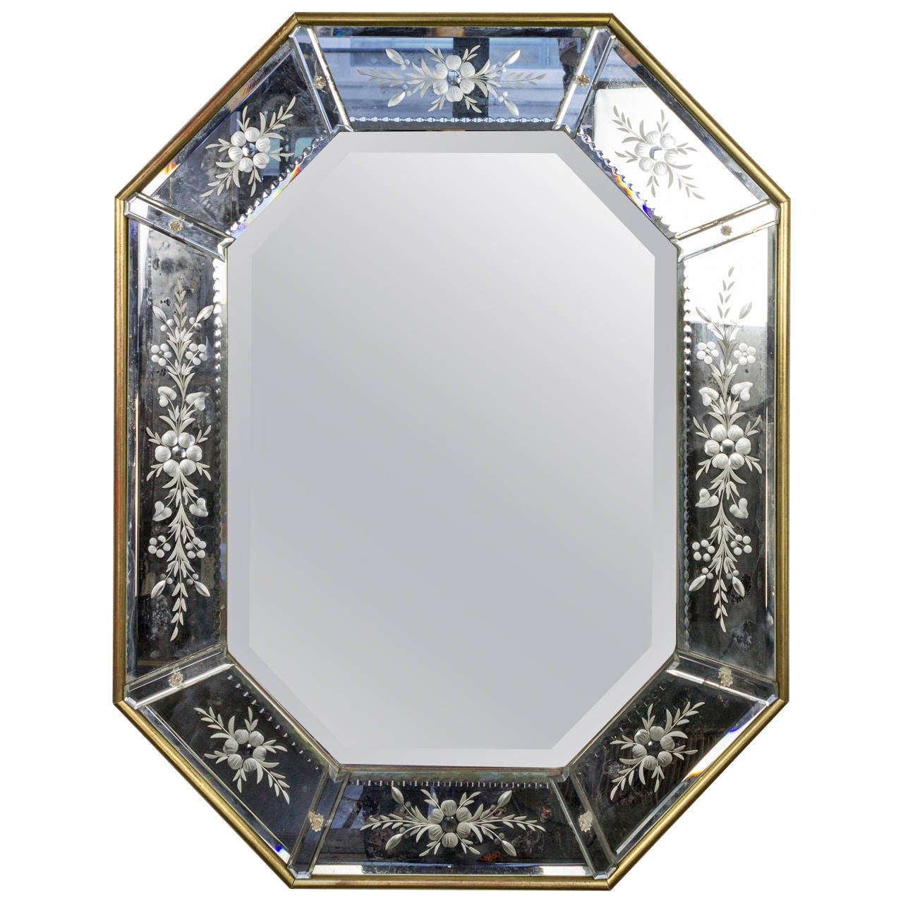 French 1940s Octagonal Mirror with Decorative Etching in Giltwood ...