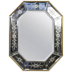 French 1940s Octagonal Mirror with Decorative Etching in Giltwood Frame