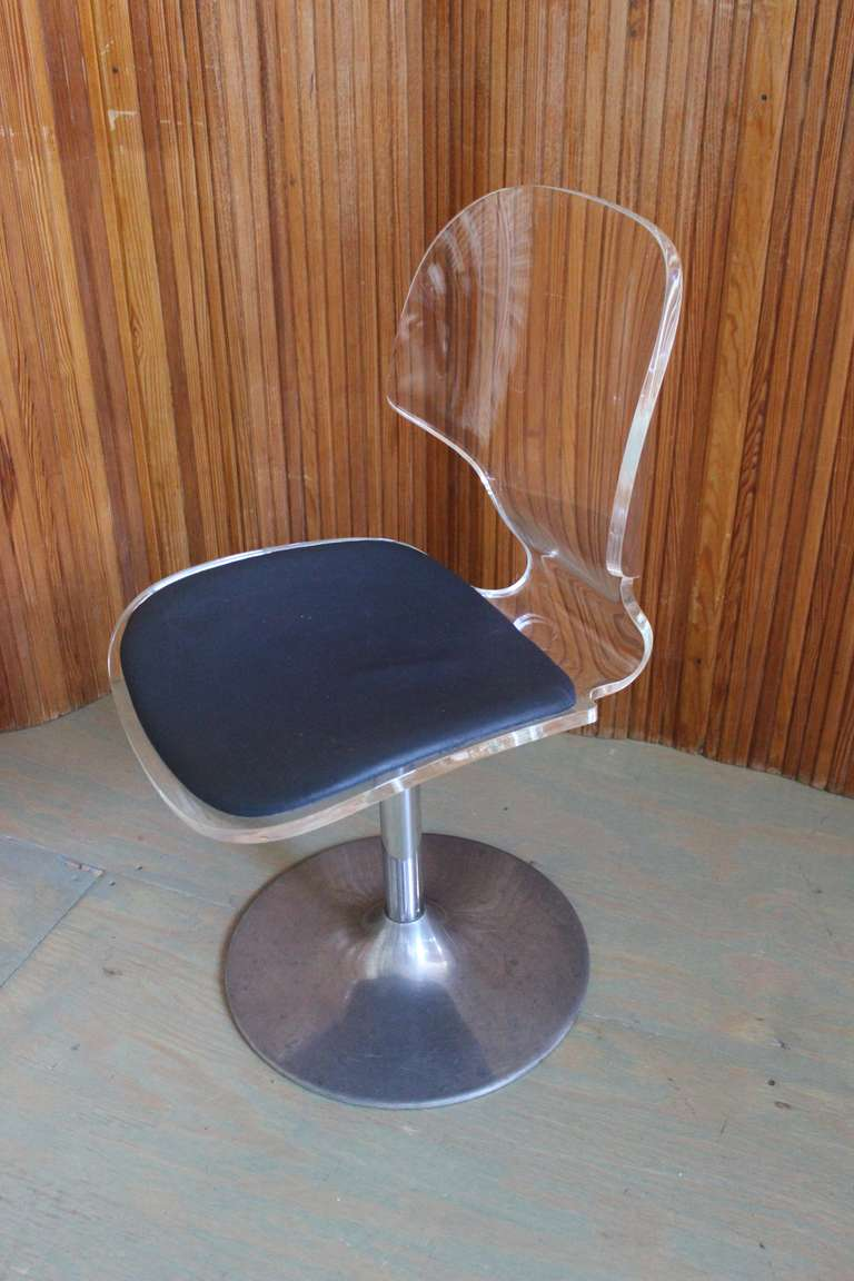 American Pair of Lucite and Chrome Swivel Side Chairs For Sale