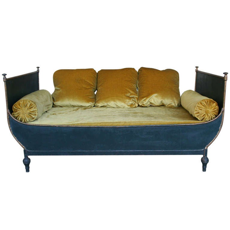 Great french sleigh bed at 1stdibs for Beds 185cm long