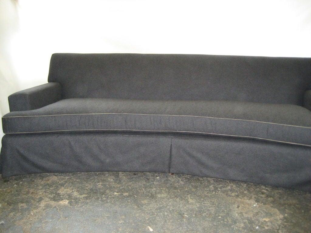 Elegant curved mid century modern sofa at 1stdibs for Mid century modern curved sectional sofa