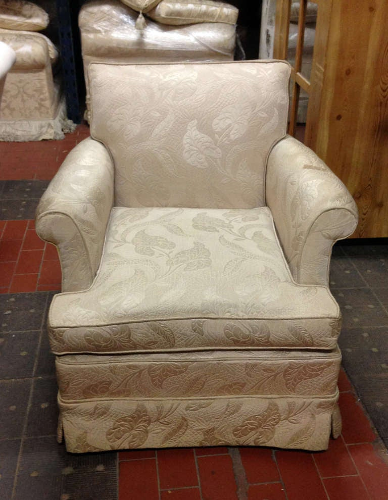 Pair Of Estate Skirted Club Chairs In Original Fabric In Good Condition For  Sale In Long