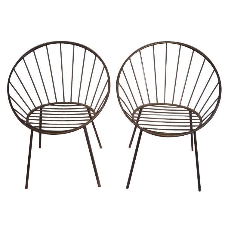 Pair Of Vintage Metal Round French Chairs At 1stdibs