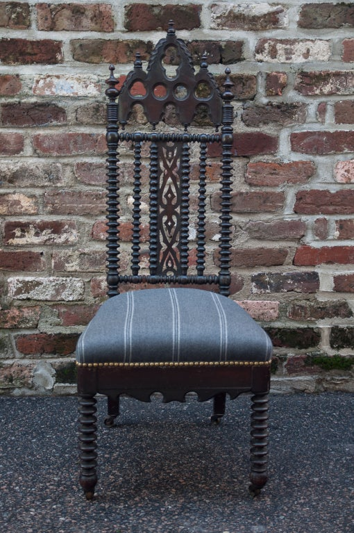 Gothic Revival Hall Chair 3
