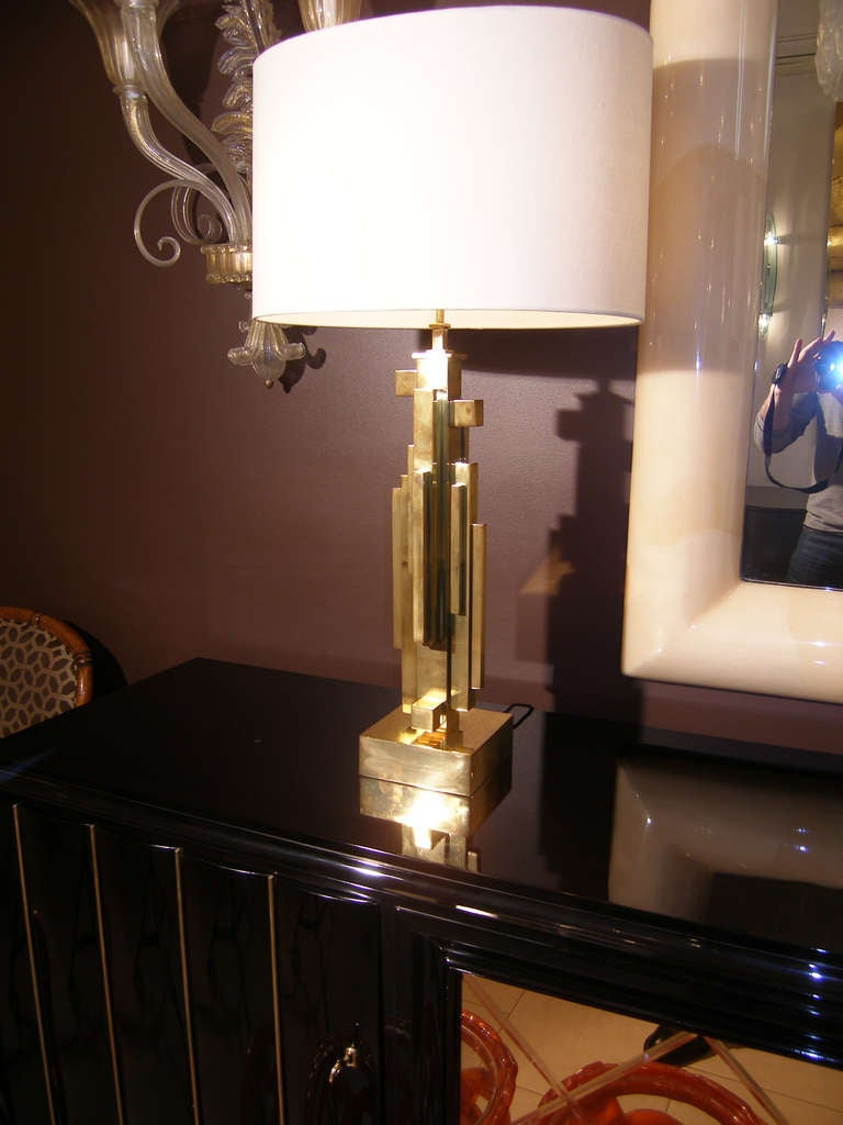 French Pair of Maison Jansen Brass Skyscraper Lamps For Sale