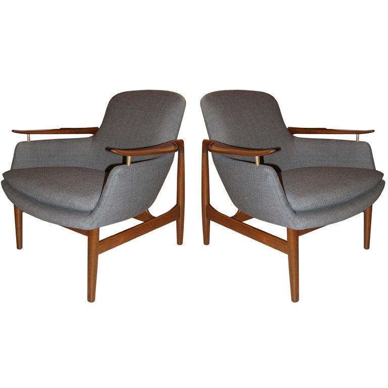 Pair Of Finn Juhl NV53 Lounge Chairs C. 1953 1