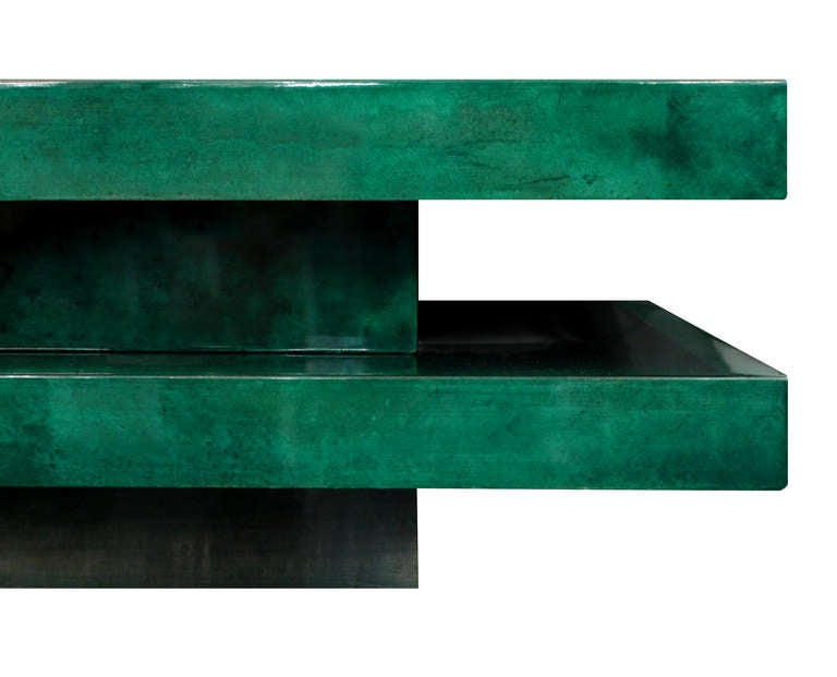 Coffee Table in Lacquered Goat Skin with Mirrored Interior by Aldo Tura 4